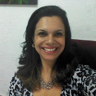 Dra. Luciana Monteiro dos Santos Gomez